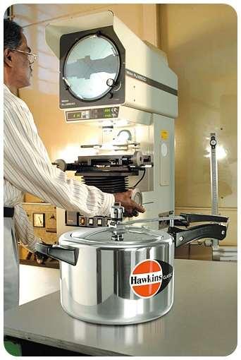ddc61324ece Hawkins Classic Pressure Cooker